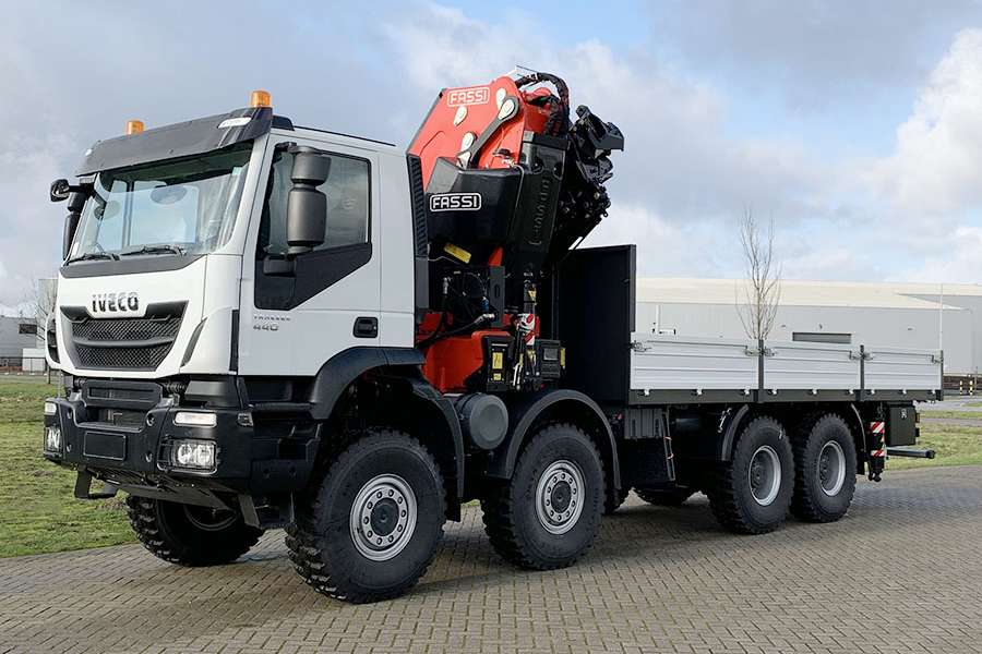 Iveco Trakker AD410T44WH AT