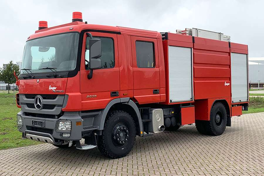 Mercedes-Benz Actros 2035 Full Spec