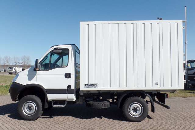 Iveco Daily 33S15WH
