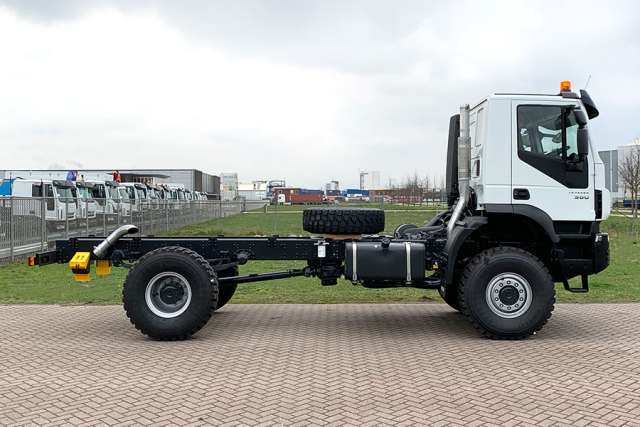 Iveco Trakker AD190T38WH-4500 AT