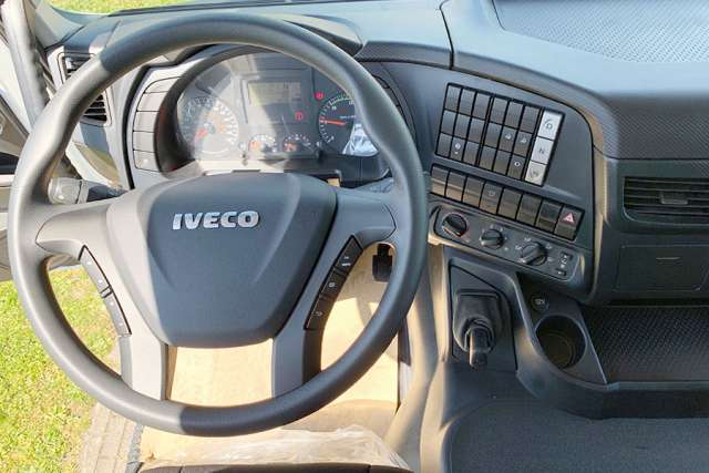 Iveco Trakker AD410T44WH-5020 AT